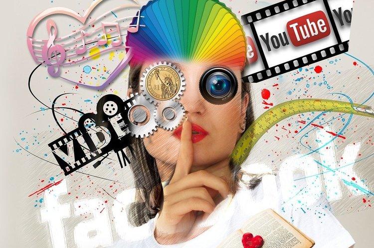 Блогерів можуть прирівняти до медіа та змусять платити податки