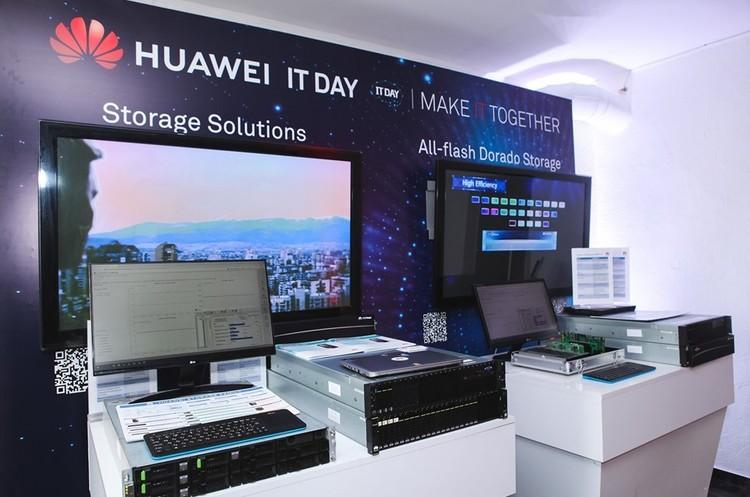 Влада США дозволила Microsoft співпрацювати з китайською Huawei