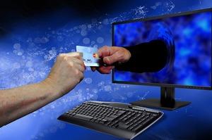 «Форвард Банк» ввів послугу Apple Pay для власників карток Mastercard