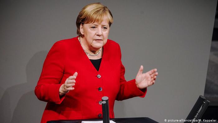 Меркель проведе окремі зустрічі з Зеленським і Путіним перед самітом у Парижі