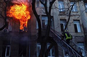 Поліція встановила підозрюваних у справі про пожежу в коледжі Одеси