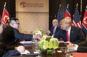 Північна Корея більше не збирається обговорювати з США відмову від ядерної зброї
