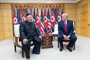 Колишні міністри оборони США пролили світло на причини провалу переговорів між США та КНДР