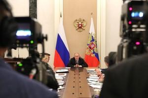 У Кремлі назвали умову зміни формату Тристоронньої контактної групи по Донбасу