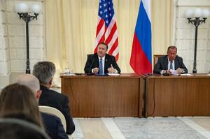 Помпео з Лавровим говорили про втручання РФ в американські вибори