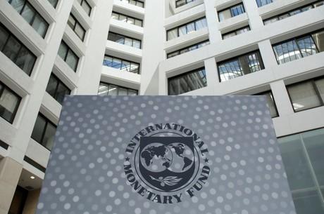 Велика гра: що означає щедрість МВФ