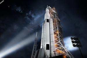 NASA показала свою «найпотужнішу ракету», на якій відправлять людей на південний полюс Місяця