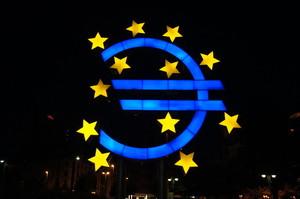 Європейський центробанк підвищив прогноз зростання ВВП єврозони на 2019