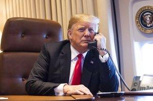 Білий дім обмежив доступ чиновників до телефонних розмов Трампа на тлі скандалу з Україною