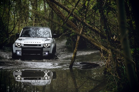 Дідуганам тут не місце: чим здивував оновлений Land Rover Defender
