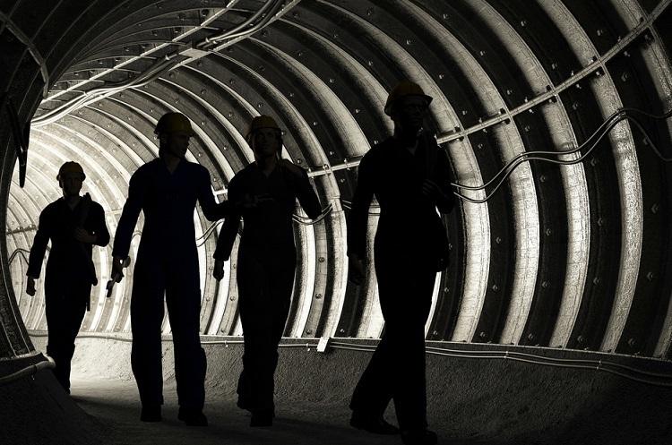 В Китаї внаслідок вибуху на вугільній шахті загинули 14 гірників