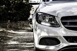 Mercedes-Benz відкликає майже 40 000 автомобілів з китайського ринку