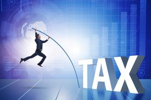 Уряд Франції стежитиме за користувачами в соцмережах на предмет ухилення від податків