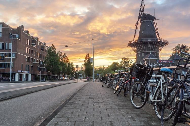 Нідерланди офіційно відмовилися від назви «Голландія»