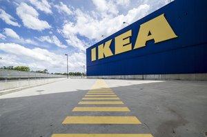 IKEA виплатить $46 млн батькам хлопчика, який загинув внаслідок перекидання комода