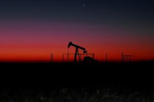 Ціни на нафту та золото виросли на тлі зростаючої напруженості на Близькому Сході