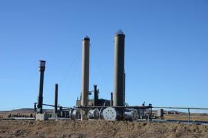 Китай вперше дозволить іноземним компаніям вести розвідку та видобуток нафти і газу в країні