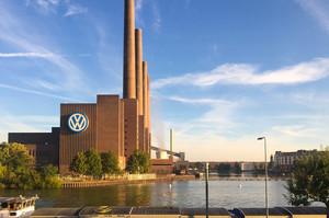 Німецький автопром рекордно обвалився на тлі зниження експорту
