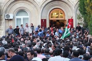 В Абхазії проведуть повторні президентські вибори у зв'язку з масовими протестами