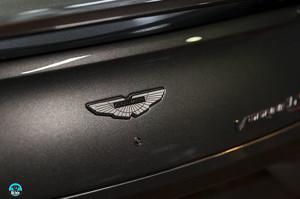 Китайська Geely розраховує купити долю в Aston Martin