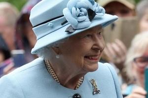 Королева Великобританії опублікувала заяву щодо рішення принца Гаррі і Меган Маркл