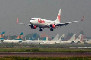У Lion Air просили додаткових навчань на 737 Max, але в Boeing назвали їх ідіотами – Bloomberg