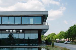 Tesla схвалила покупку ділянки для будівництва заводу під Берліном