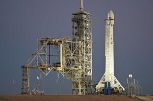 SpaceX підірвала ракету Falcon 9 заради випробувань