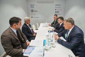 Зеленський обговорив з президентом SOCAR питання реалізації нових проектів
