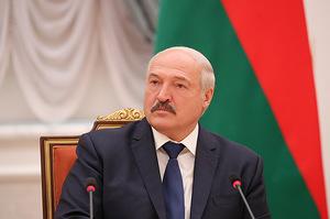 Білорусь не блефує: Лукашенко розповів про переговори щодо нафти зі США, ОАЕ та Саудівською Аравією