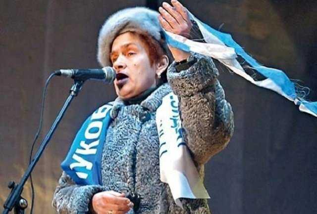 Ексдружина Януковича живе в розкішному маєтку в окупованому Криму і веде там бізнес – ЗМІ