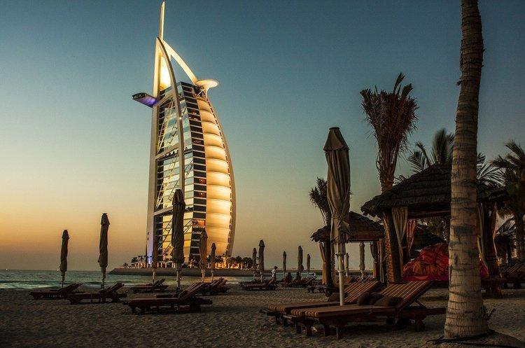 Дубай заборонить одноразовий пластик
