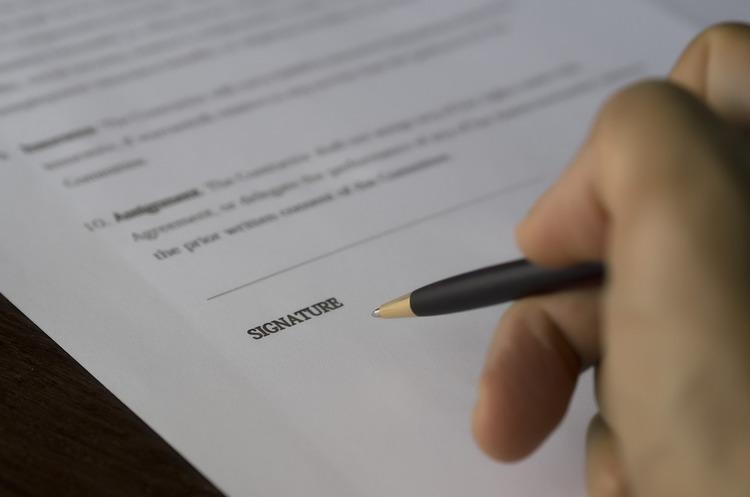 Права і обов'язки: як вибрати модель оплати за послуги в IT