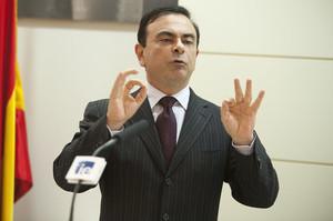 Nissan хоче відсудити у свого ексочільника Карлоса Гона $90 млн