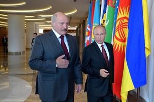 Лукашенко розповів, що в Кремлі натякають на об'єднання Білорусі з Росією