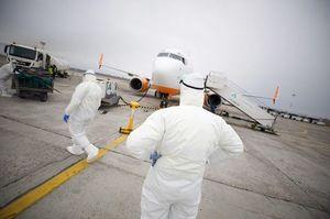 Літак з евакуйованими українцями приземлився в Києві, але тимчасово (ОНОВЛЕНО)