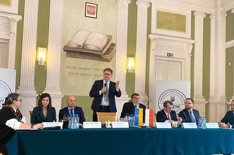 Україна та Польща домовилися про активізацію співпраці у сфері санітарних заходів