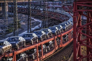 Продажі автомобілів в Китаї впали на 92% через коронавірус