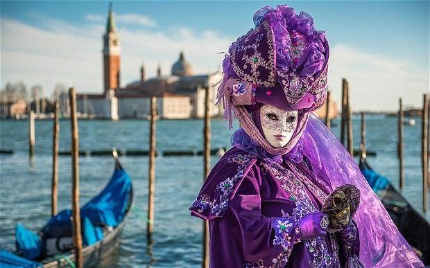 Covid-19 в Італії: карантин в містах, Тиждень моди без глядачів, закрита «Ла скала» та зірваний карнавал
