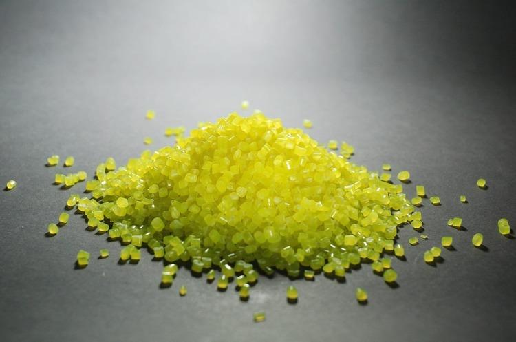 Мінекономіки проведе спецрозслідування про імпорт в Україну полімерних матеріалів