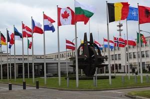 Україна має змогу увійти в НАТО і з окупованими територіями – Кулеба