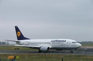 Lufthansa має намір купити найбільшу португальську авіакомпанію