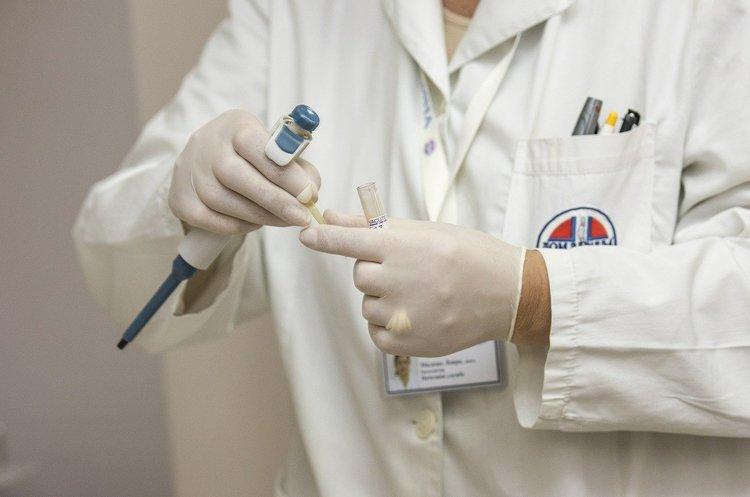 В Україні зафіксовано перший випадок зараження коронавірусом