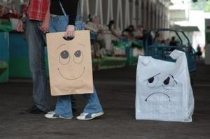 Мінекоенерго пропонує заборонити одноразові пакетики в магазинах