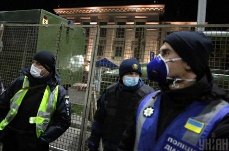 Карантинні протести: чи можуть точкові мітинги стати масовими і призвести до нового Майдану