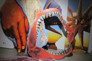 Выставка-перформанс художника Савадова – диагноз Украине