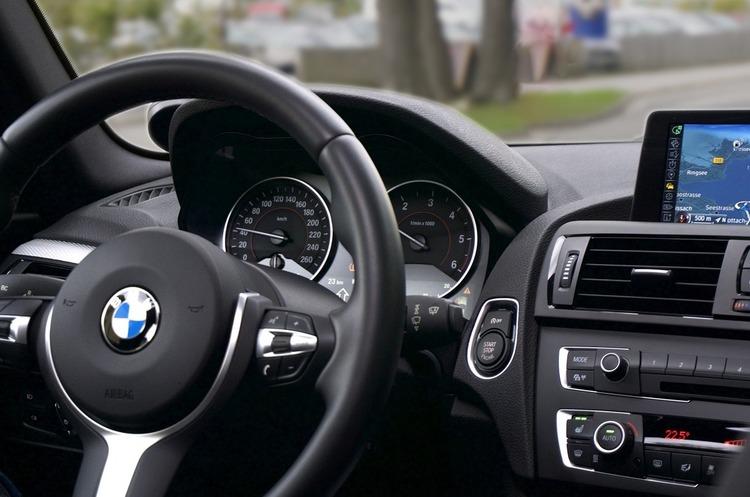BMW і Honda закривають свої заводи в Європі і США