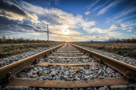 Скорочення жд інфраструктури: про бонуси для «Укрзалізниці» та наслідки для України