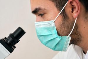 Вчені Сінгапуру розробили п'ятихвилинний тест на коронавірус