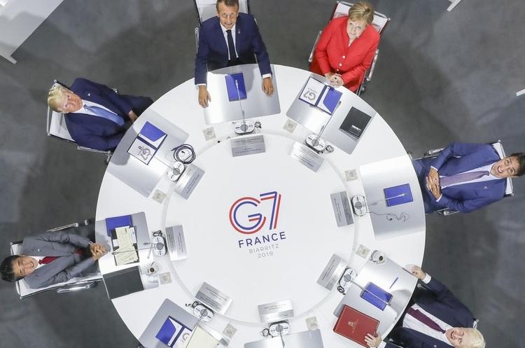 Лідери G7 не змогли узгодити спільну заяву, бо США наполягають на назві «уханьський вірус»
